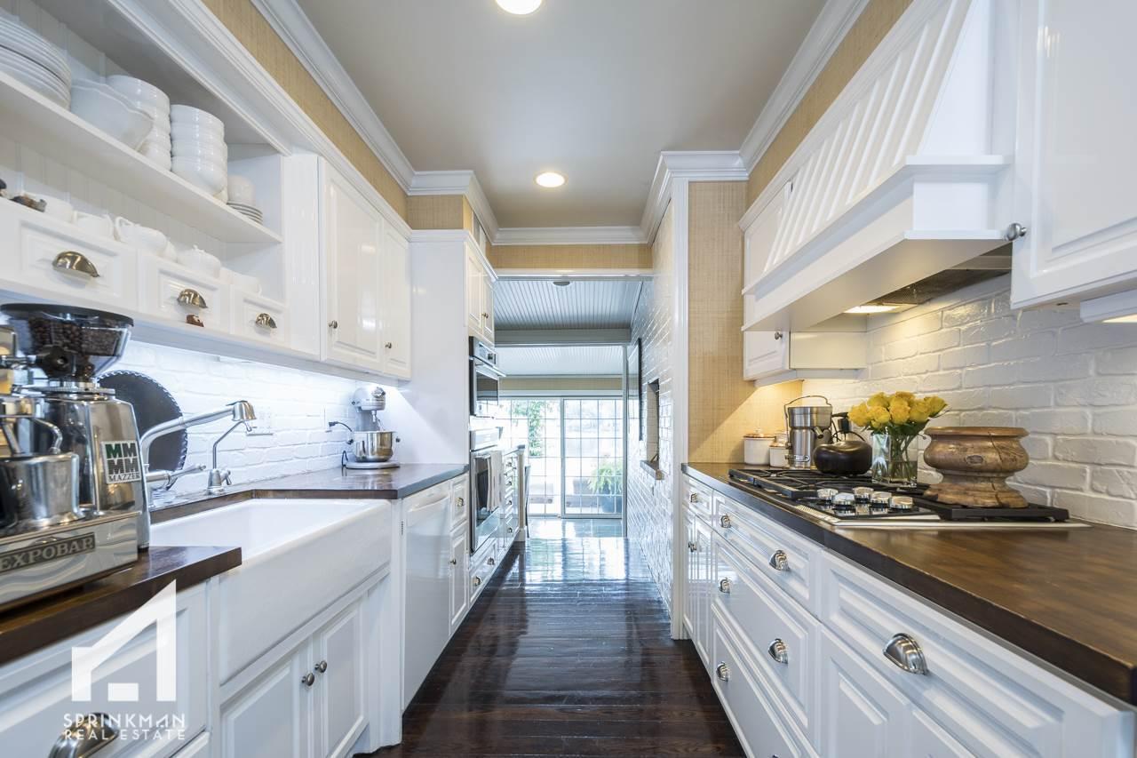 Listing: 44 Burrows Rd, Madison, WI.| MLS# 1838950 | Madison Homes ...