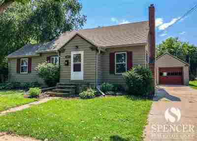 Lodi Single Family Home For Sale: 617 N Main St