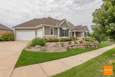 Waunakee Single Family Home For Sale: 1701 Ashford Ln