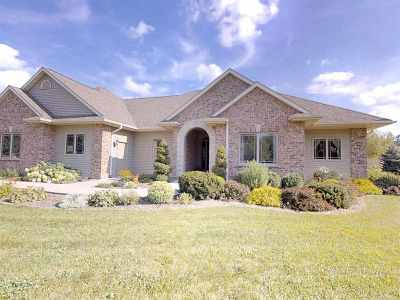 Dodge County Single Family Home For Sale: N7322 Crystal Ridge Dr