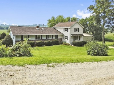 Green County Single Family Home For Sale: W1517 Kaderly Rd