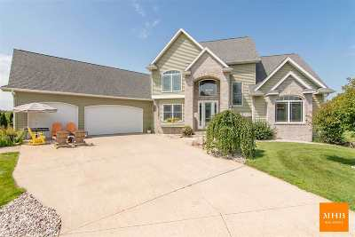 Sun Prairie Single Family Home For Sale: 6659 Longhorn Ln