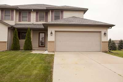 Cottage Grove Single Family Home For Sale: 201 Cory Ln