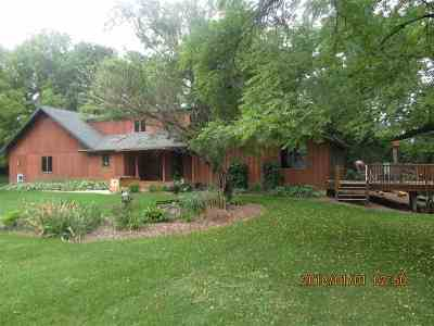 Rock County Single Family Home For Sale: 5971 N County Road F