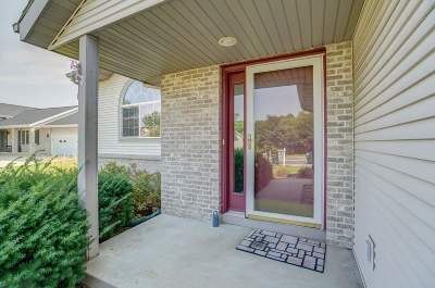 Cottage Grove Single Family Home For Sale: 418 W Oak St