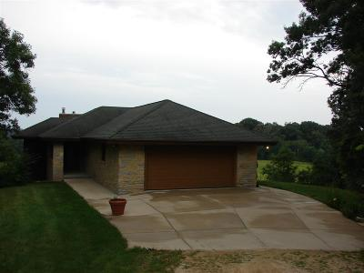 Iowa County Single Family Home For Sale: 6955 Dugway Rd