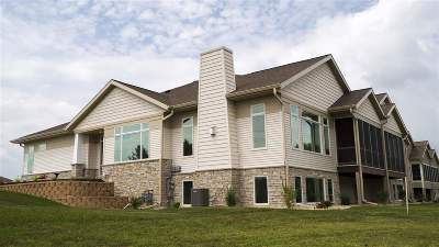Waunakee Condo/Townhouse For Sale: 412 Grandview Dr #6