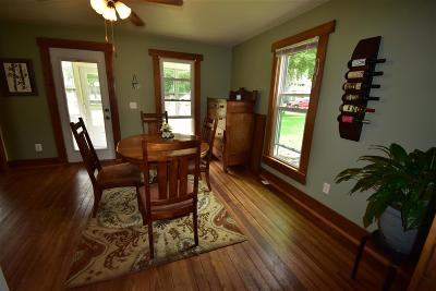 Evansville Single Family Home For Sale: 328 S Madison St