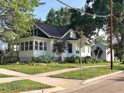 Columbus Single Family Home For Sale: 506 W Mill St