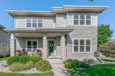 Verona Single Family Home For Sale: 610 Lone Oak Ln