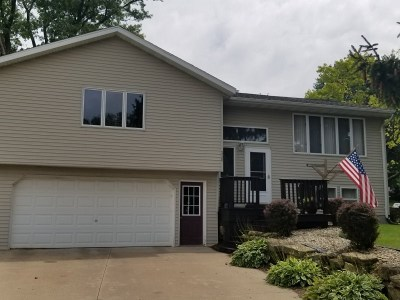 Iowa County Single Family Home For Sale: 330 Isabell St
