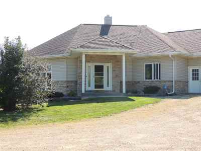 Rock County Single Family Home For Sale: 9102 Rye Dr