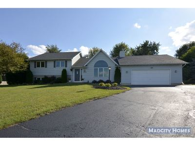 Sun Prairie WI Single Family Home For Sale: $334,900