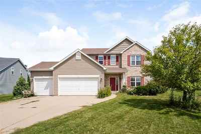 Dodge County Single Family Home For Sale: 107 Stonehaven Cir