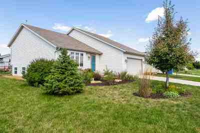 Green County Single Family Home For Sale: 205 Green View Dr