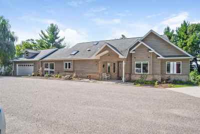 Wisconsin Dells Single Family Home For Sale: 987 S Grouse Ln