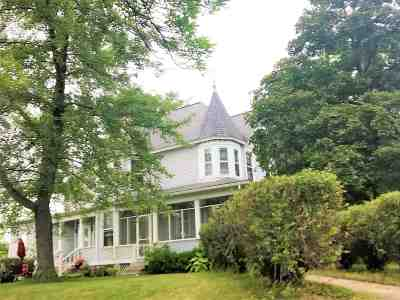 Columbia County Single Family Home For Sale: 806 Prospect Ave