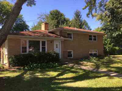 Middleton Single Family Home For Sale: 6801 Century Ave