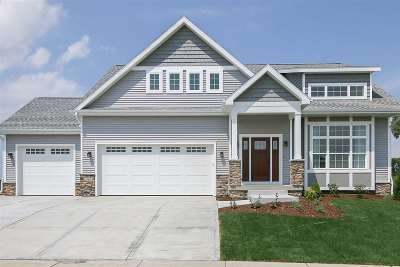 Waunakee Single Family Home For Sale: 802 Ronald Overlook