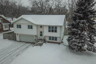 Edgerton Single Family Home For Sale: 7 Lord St