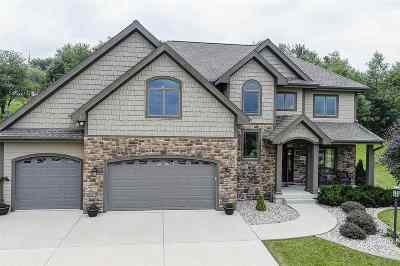 Sun Prairie Single Family Home For Sale: 3419 Whistling Wind Way