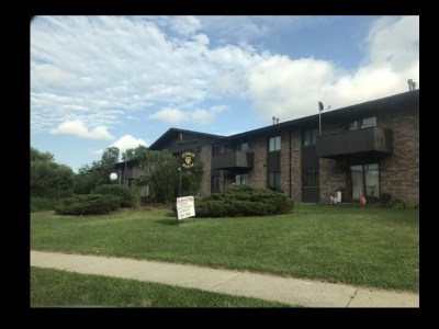 Madison Multi Family Home For Sale: 1911 Pike Dr
