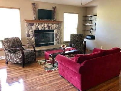 Jefferson County Single Family Home For Sale: 516 Aspen St