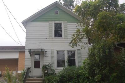 Madison Single Family Home For Sale: 2645 Union St
