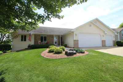 Rock County Single Family Home For Sale: 3727 Stone Ridge Dr