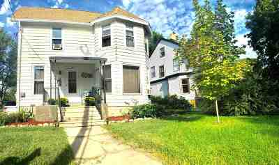 Edgerton Single Family Home For Sale: 20 Albion St