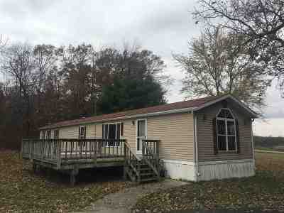 Wisconsin Dells Single Family Home For Sale: 557 Gillette Dr
