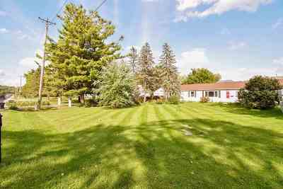 Fitchburg Single Family Home For Sale: 2706 Fitchrona Rd