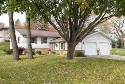 Dodge County Single Family Home For Sale: N8027 Elser Dr