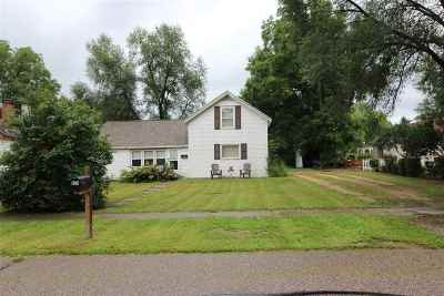 Iowa County Single Family Home For Sale: 835 South St