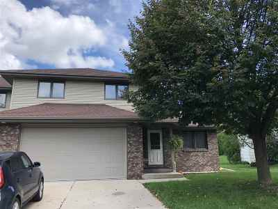 Sun Prairie Multi Family Home For Sale: 567-569 Berwick Dr