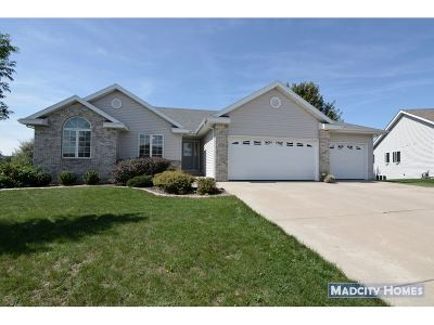 Sun Prairie Single Family Home For Sale: 118 Cobham Ln