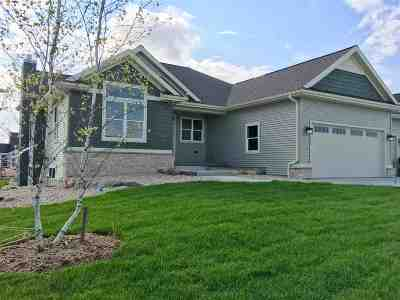 Sun Prairie Single Family Home For Sale: 1440 N Thompson Rd