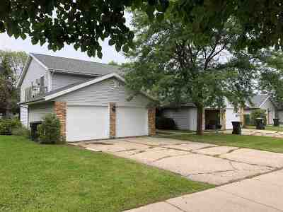 Sun Prairie Multi Family Home For Sale: 44 Stonehaven Dr