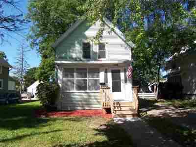 Beloit Single Family Home For Sale: 1218 11th St