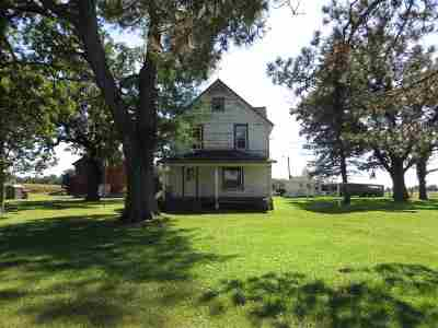 Janesville Single Family Home For Sale: 7201 W Hanover Rd