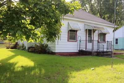 Columbia County Single Family Home For Sale: 206 1st St