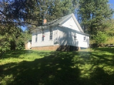 Green County Single Family Home For Sale: W8348 Meadow Brook Rd