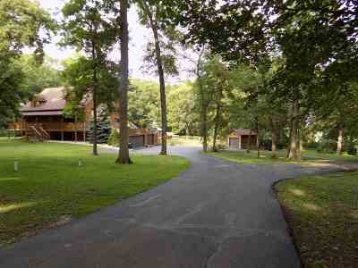 Jefferson County Single Family Home For Sale: N2810 Mode Ln
