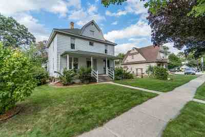 Sauk County Single Family Home For Sale: 216 6th Ave