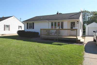 Janesville Single Family Home For Sale: 730 Sutherland Ave
