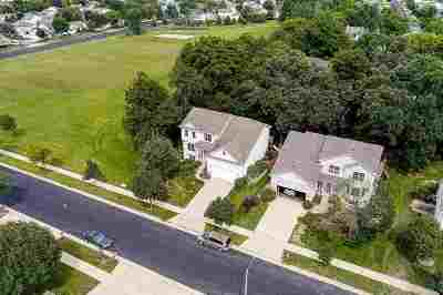 Madison Single Family Home For Sale: 3821 Dolphin Dr