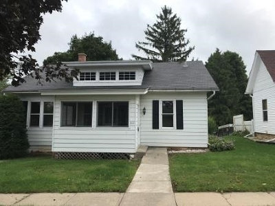 Iowa County Single Family Home For Sale: 314 N Grove St