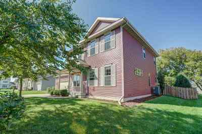 Sun Prairie Single Family Home For Sale: 622 Featherwood Pass