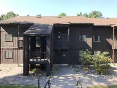 Wisconsin Dells Condo/Townhouse For Sale: 4 Laurel Tr