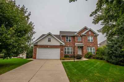 Dane County Single Family Home For Sale: 6 Greystone Cir